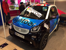 Smart vehicle wrapping with Lightbar printers